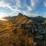 Blick etwas unterhalb des Gipfels des Hesten | Fjordgård | Senja | Lofoten